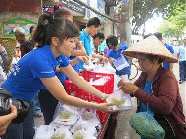 Các địa điểm cung cấp cơm từ thiện