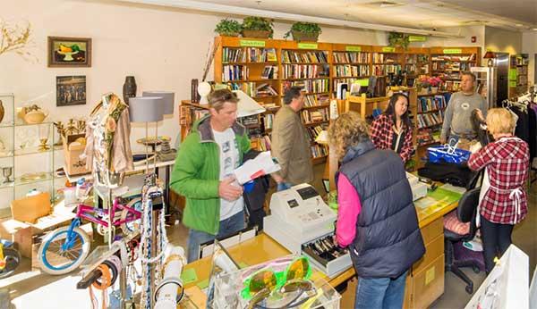 Thrift Store là một dự án mà sinh viên rất nên trải nghiệm