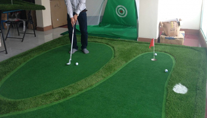 Lợi ích khi sử dụng thảm tập golf trong nhà
